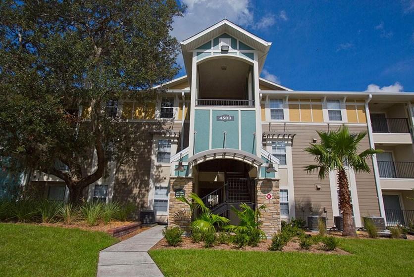 Knights Circle Apartments UCF Orlando