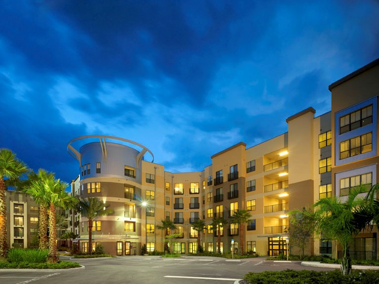 University house central florida apartments orlando for House of floors orlando florida