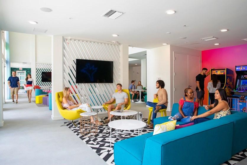 Ucf Off Campus Housing >> Hub on Campus   UCF Apartments - 407apartments.com